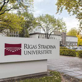letonyada üniversite eğitimi