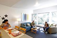community college apartman oturma odası